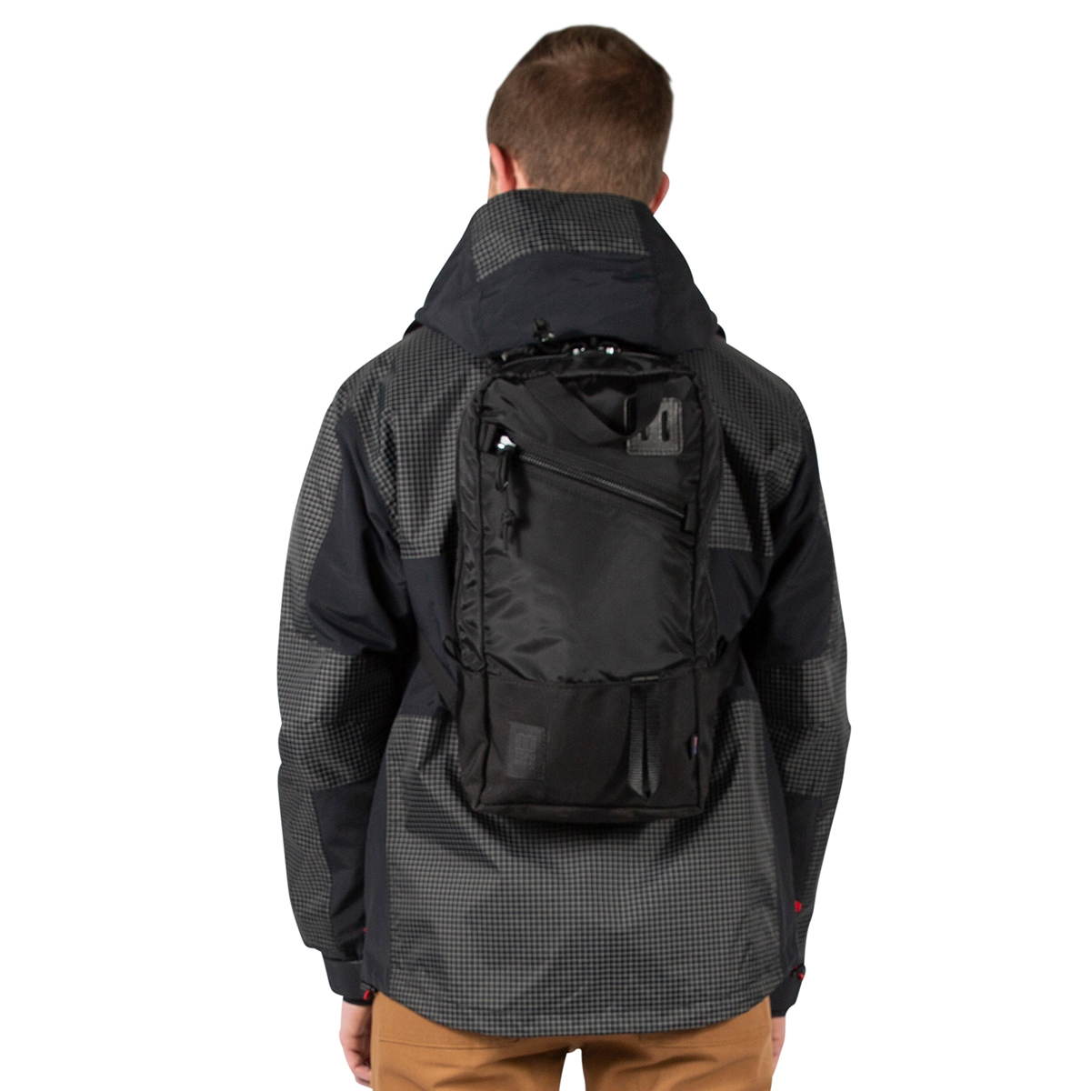 Topo Designs Trip Pack Ballistic Black, a must-have travel companion