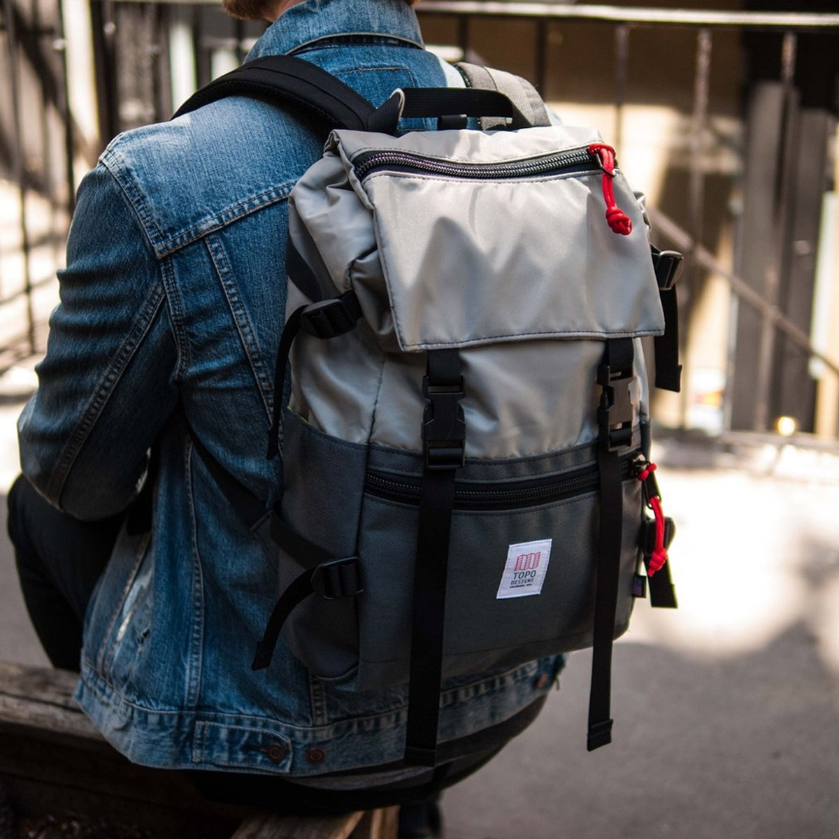 Topo Designs Rover Pack Silver/Charcoal, timeless backpack with great functionalities