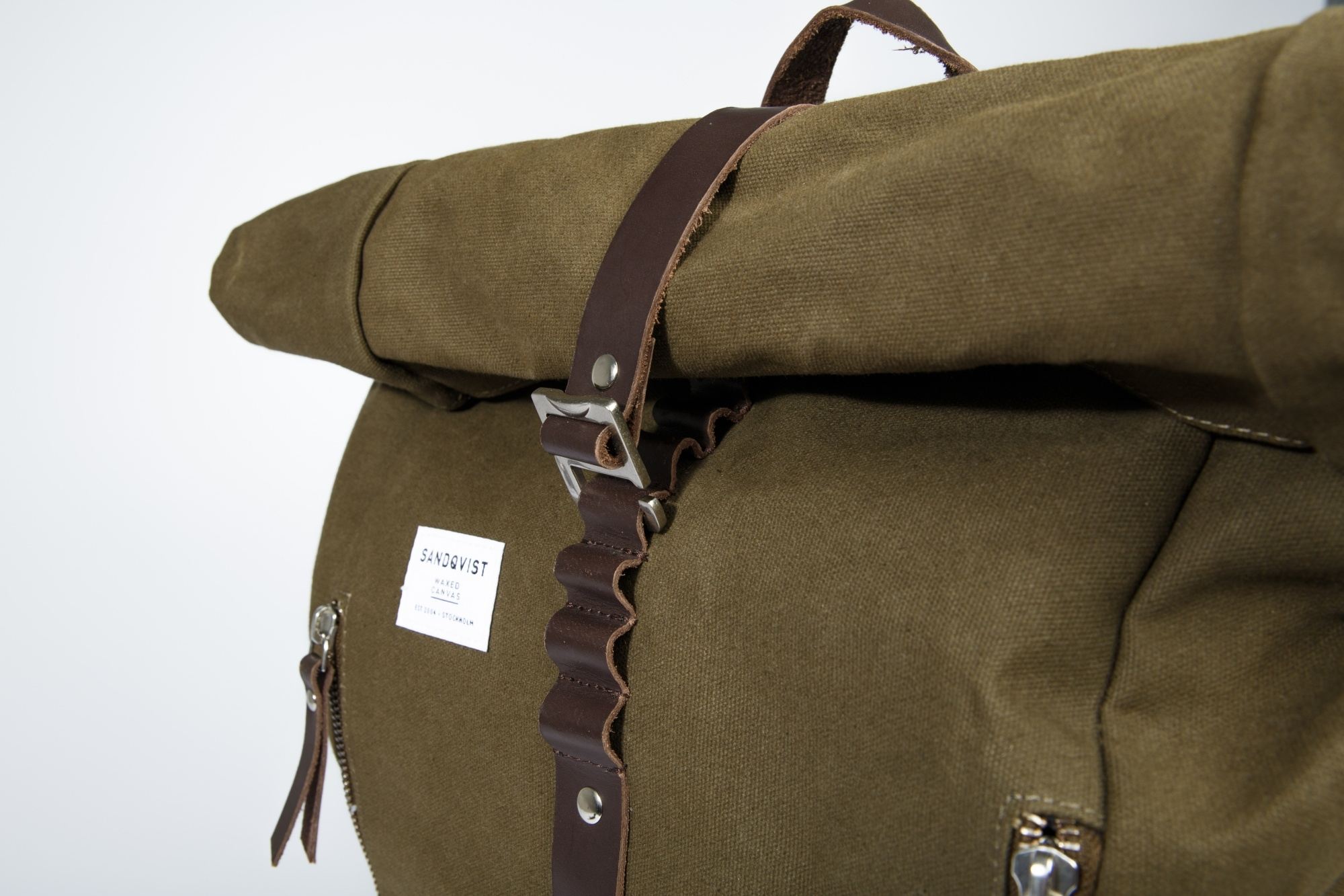 Sandqvist Rolf Backpack Waxed Olive Traveling The World