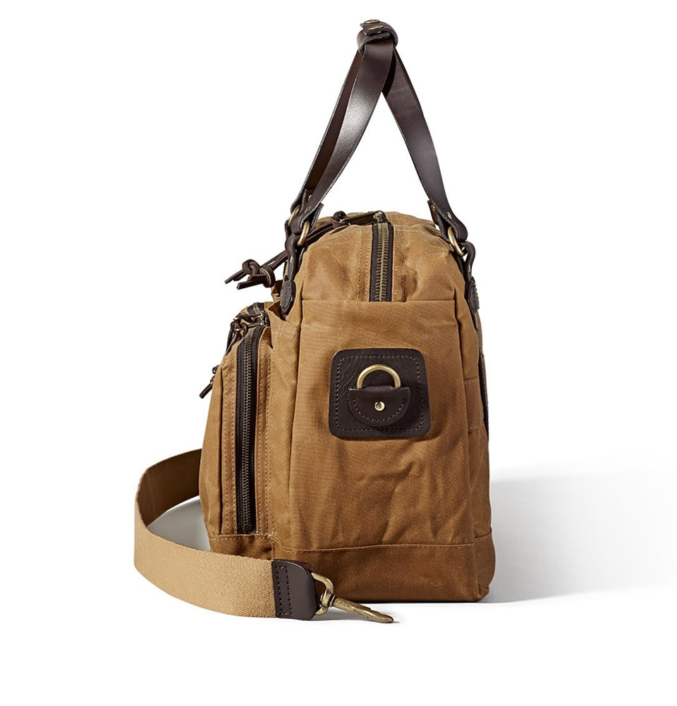 fc3f0e4989 ... Tin Cloth Duffle Bag 11070328-Dark Tan. Filson 48-Hour Duffle 11070328  Tan Filson 48-Hour Duffle 11070328 Tan side ...