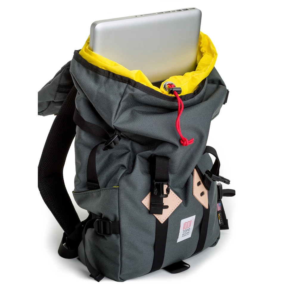 ... Topo Designs Klettersack 22L Charcoal inside with laptop ... f455deb65542e