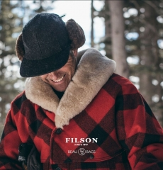 Filson Wool Packer Coat Red/Black Plaid