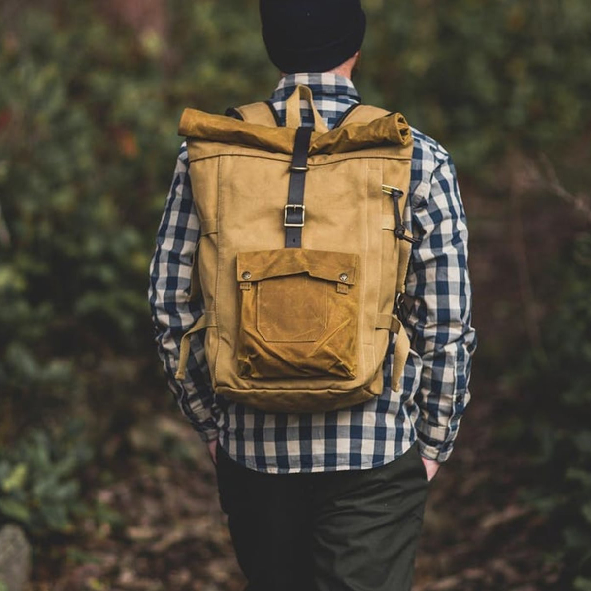 Filson Roll-Top Backpack Tan, exceptionally nice build backpack