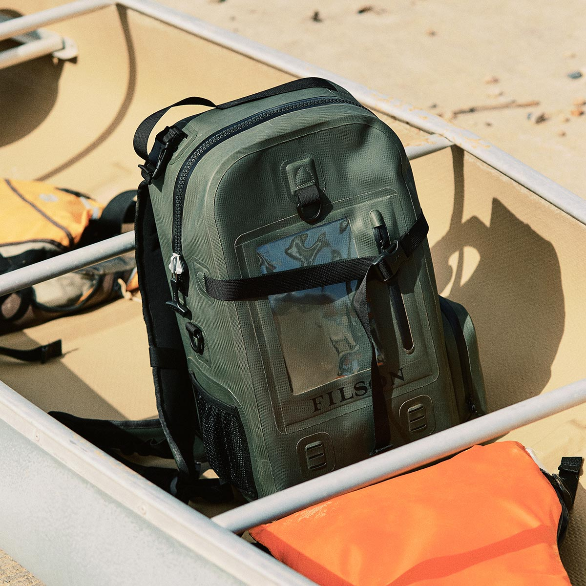 fully submersible and equipped with comfortable backpack straps