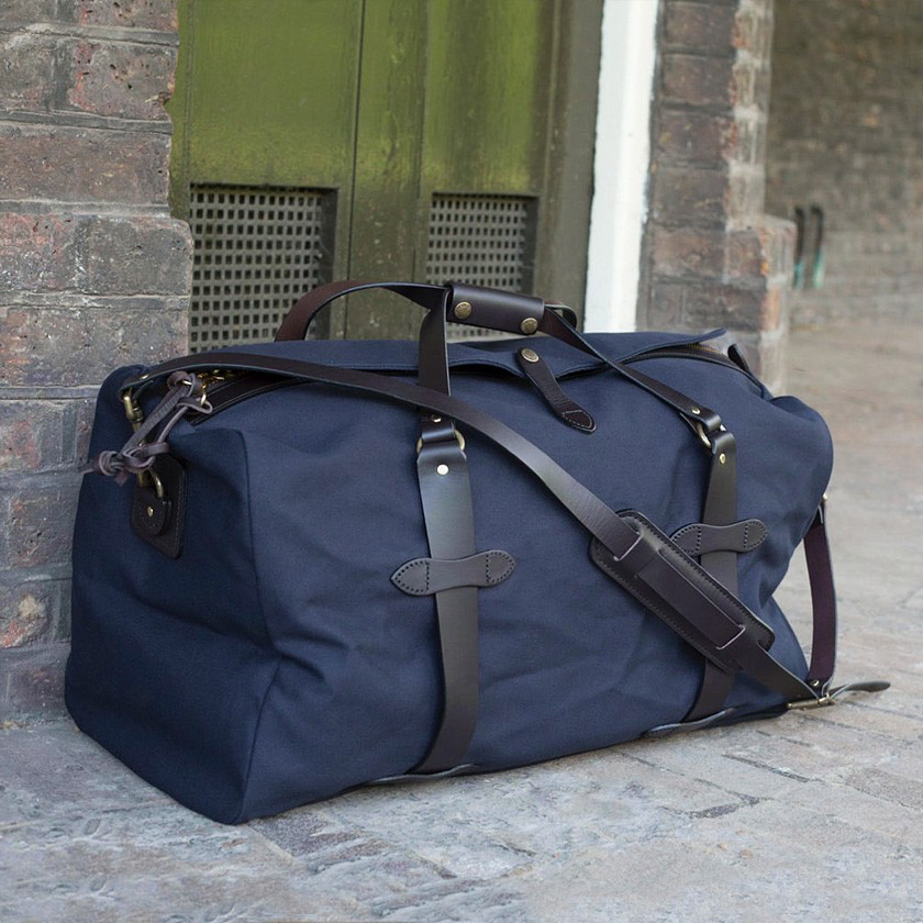 Filson Duffle Small Navy 11070220 | perfect bag with style and ...
