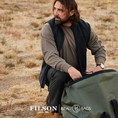Filson Ridgeway Fleece Vest Dark Navy, comfortable, lightweight quick-drying Polartec® fleece for use in extreme conditions