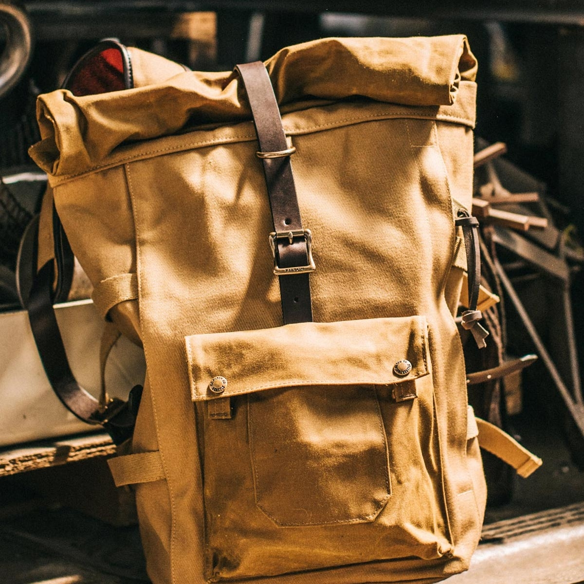 Filson Roll-Top Backpack Tan, for all-day comfort wearing