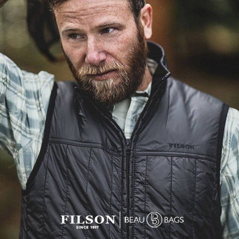 Filson Ultra Light Vest Raven, perfect as an outer layer or underneath a heavy jacket for warmth in extreme cold