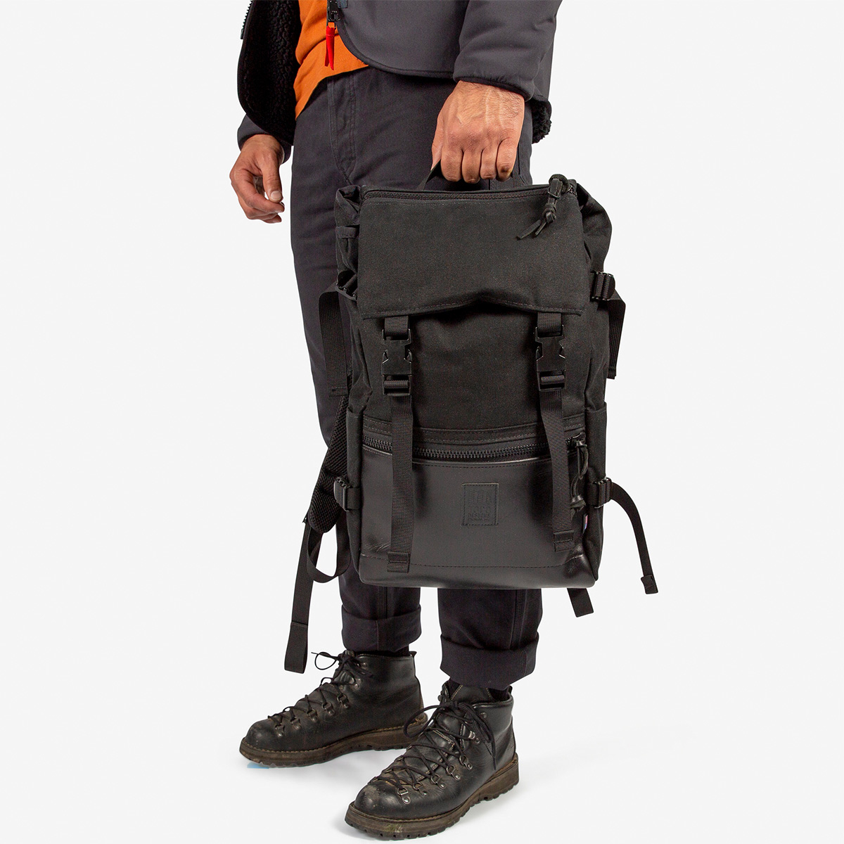 Topo Designs Rover Pack Ballistic Black Leather, strong backpack with great functionality