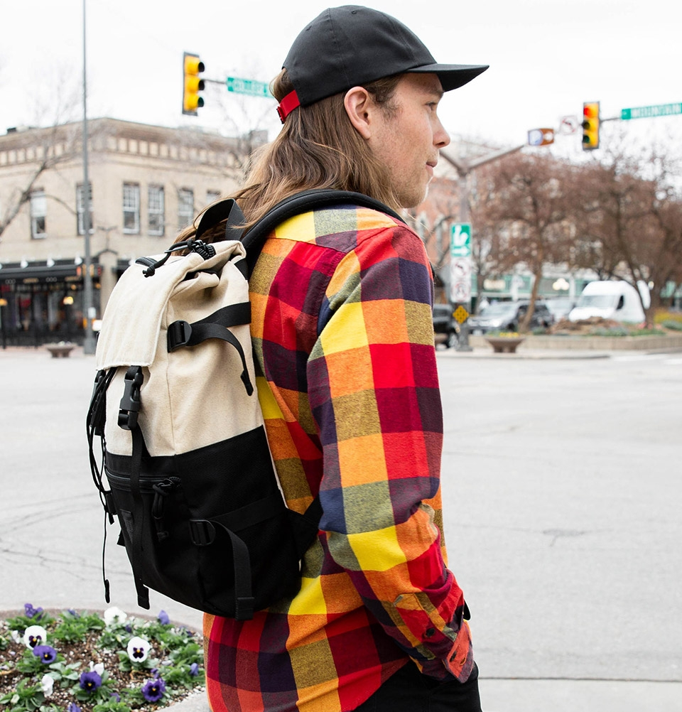 Topo Designs Rover Pack Natural/Black, timeless backpack with great functionalities