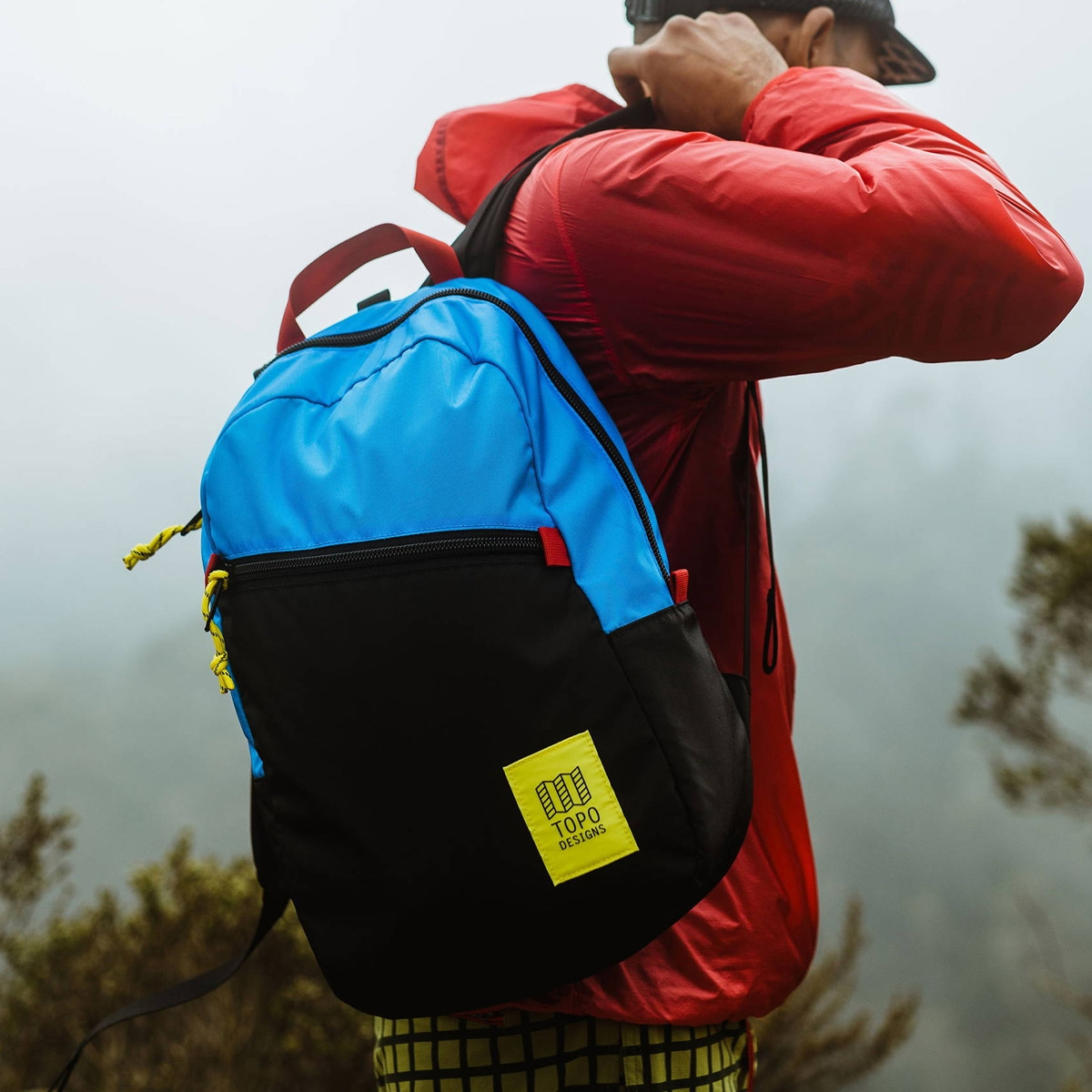 Topo Designs Light Pack, lightweight carry-all bag, also perfect pack for hiking