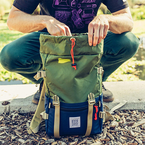 Topo Designs Rover Pack Classic, loading