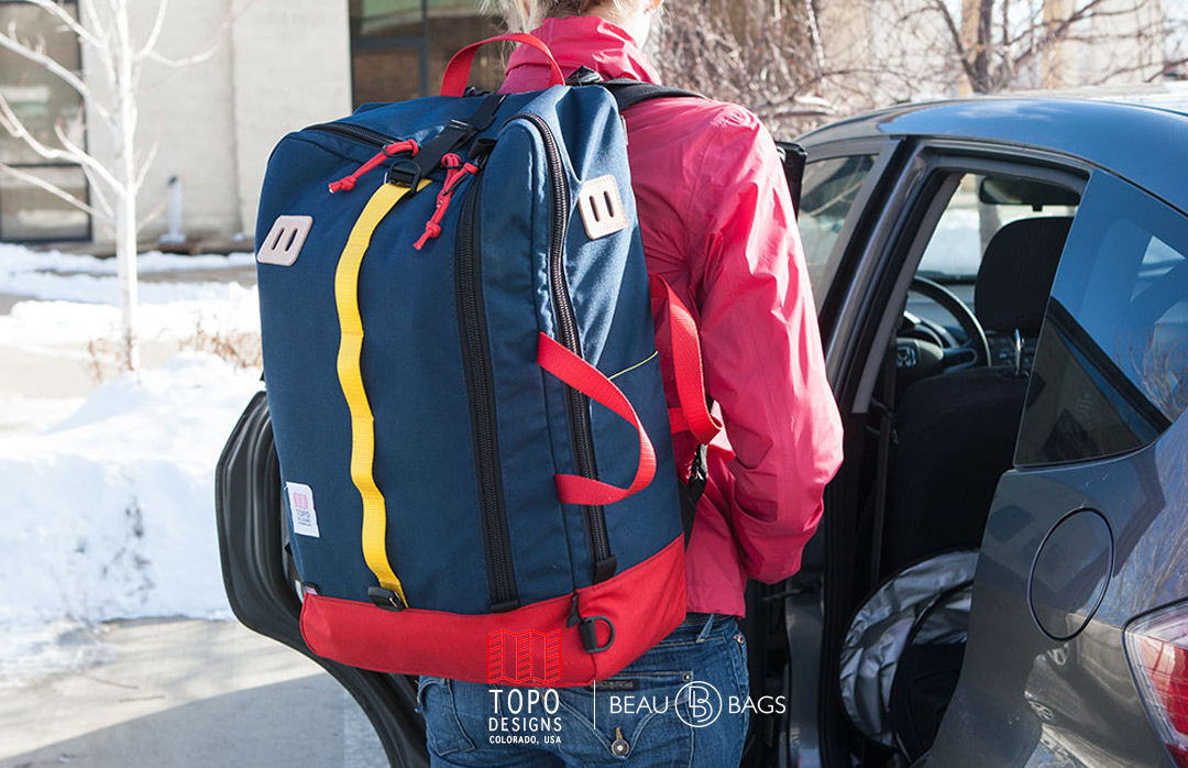 Topo Designs Travel Bag Navy, for a trip lasts a couple days or a trip that lasts forever